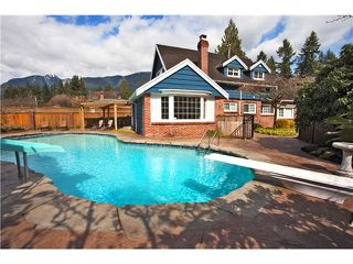 "Photo 12: 1282 RYDAL Avenue in North Vancouver: Canyon Heights NV House for sale in ""CANYON HEIGHTS"" : MLS®# V999856"