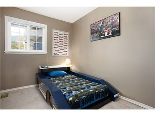 "Photo 9: 1282 RYDAL Avenue in North Vancouver: Canyon Heights NV House for sale in ""CANYON HEIGHTS"" : MLS®# V999856"
