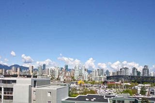 Photo 13: 402 1630 W.1st Avenue in The Galleria: False Creek Home for sale ()