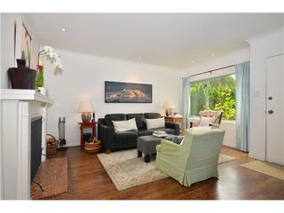 Photo 2: 1085 E 15TH AV in Vancouver: Mount Pleasant VE House for sale (Vancouver East)  : MLS®# V1012064