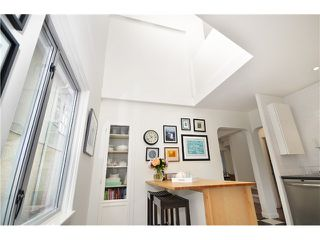 Photo 9: 1085 E 15TH AV in Vancouver: Mount Pleasant VE House for sale (Vancouver East)  : MLS®# V1012064