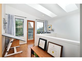 Photo 12: 1085 E 15TH AV in Vancouver: Mount Pleasant VE House for sale (Vancouver East)  : MLS®# V1012064