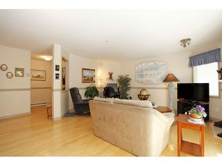 "Photo 9: 105 20240 54A Avenue in Langley: Langley City Condo for sale in ""Arbutus Court"" : MLS®# F1315776"