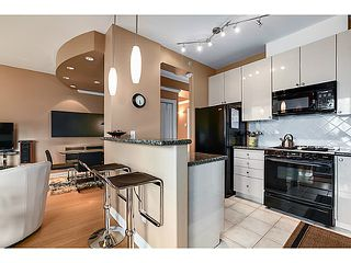 "Photo 5: 601 160 E 13TH Street in North Vancouver: Central Lonsdale Condo for sale in ""THE GRANDE"" : MLS®# V1027451"