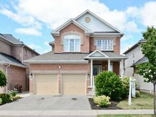 Main Photo: 68 Blackfriar Avenue in Whitby: Freehold for sale