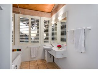 Photo 16: 2599 CRESCENT DR in Surrey: Crescent Bch Ocean Pk. House for sale (South Surrey White Rock)  : MLS®# F1409827
