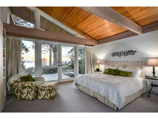 Photo 12: 2599 CRESCENT DR in Surrey: Crescent Bch Ocean Pk. House for sale (South Surrey White Rock)  : MLS®# F1409827