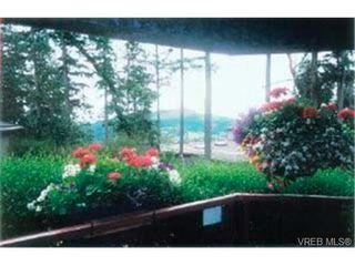 Photo 2: 203 940 Boulderwood Rise in VICTORIA: SE Broadmead Condo Apartment for sale (Saanich East)  : MLS®# 292160