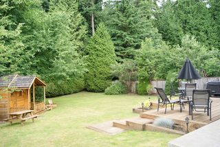 "Photo 3: 59 FOXWOOD Drive in Port Moody: Heritage Mountain House for sale in ""HERITAGE MOUNTAIN"" : MLS®# V1073411"