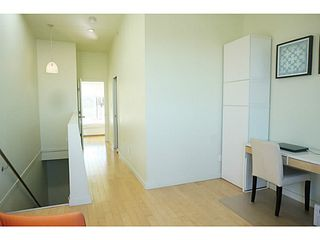 Photo 7: 2380 CLARK Drive in Vancouver: Grandview VE House 1/2 Duplex for sale (Vancouver East)  : MLS®# V1075100