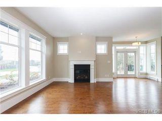 Photo 6: B 7886 Wallace Dr in SAANICHTON: CS Saanichton Half Duplex for sale (Central Saanich)  : MLS®# 679921