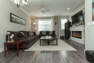 Photo 2: 11 33860 MARSHALL ROAD in Abbotsford: Central Abbotsford Townhouse for sale : MLS®# R2075997