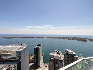 Photo 18: 14 York St Unit #4003 in Toronto: Waterfront Communities C1 Condo for sale (Toronto C01)  : MLS®# C3706392