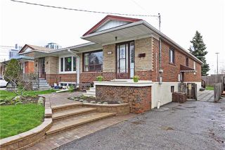 Photo 1: 49 Linelle St in Toronto: Lansing-Westgate Freehold for sale (Toronto C07)  : MLS®# C3773398