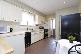 Photo 6: 49 Linelle St in Toronto: Lansing-Westgate Freehold for sale (Toronto C07)  : MLS®# C3773398