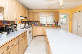 Photo 4: 33720 Dewdney Trunk Rd in Mission: Mission BC House for sale : MLS®# R2119376