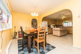 Photo 2: 33720 Dewdney Trunk Rd in Mission: Mission BC House for sale : MLS®# R2119376