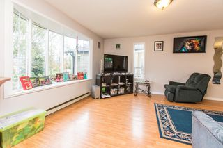 Photo 7: 33720 Dewdney Trunk Rd in Mission: Mission BC House for sale : MLS®# R2119376