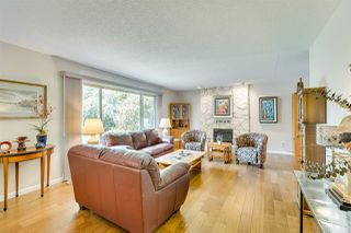 """Photo 8: 3655 LYNNDALE Crescent in Burnaby: Government Road House for sale in """"Government Road Area"""" (Burnaby North)  : MLS®# R2388114"""