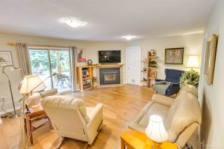 "Photo 18: 3655 LYNNDALE Crescent in Burnaby: Government Road House for sale in ""Government Road Area"" (Burnaby North)  : MLS®# R2388114"