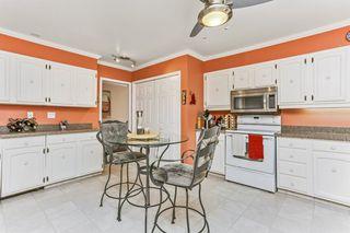 Photo 8: 311 14810 51 Avenue in Edmonton: Zone 14 Condo for sale : MLS®# E4165704