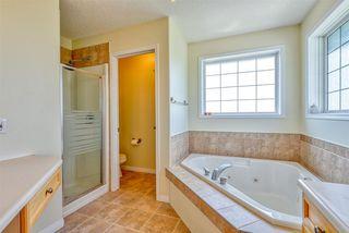 Photo 17: 1229 ORMSBY Lane in Edmonton: Zone 20 House for sale : MLS®# E4167806