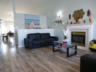 Photo 2: 333 BERINGER Crescent in Edmonton: Zone 58 House for sale : MLS®# E4168184