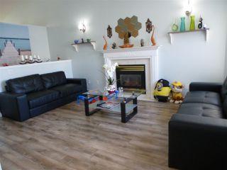 Photo 3: 333 BERINGER Crescent in Edmonton: Zone 58 House for sale : MLS®# E4168184
