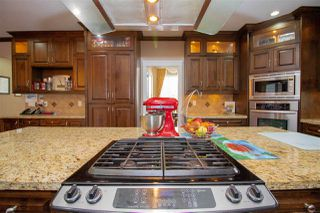 Photo 8: 10128 121 Street in Surrey: Cedar Hills House for sale (North Surrey)  : MLS®# R2404709