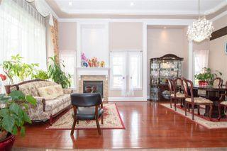 Photo 5: 10128 121 Street in Surrey: Cedar Hills House for sale (North Surrey)  : MLS®# R2404709