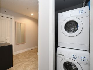 Photo 18: 402 2717 Peatt Road in VICTORIA: La Langford Proper Condo Apartment for sale (Langford)  : MLS®# 417061