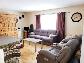 Photo 3: 2273 ROYAL Crescent in Prince George: South Fort George House for sale (PG City Central (Zone 72))  : MLS®# R2440098