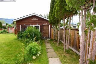 Photo 2: 4073 8TH AVENUE in Smithers: Smithers - Town House for sale (Smithers And Area (Zone 54))  : MLS®# R2476554
