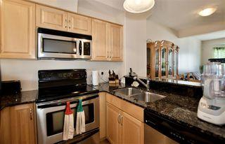 Photo 4: 13215 153 Avenue in Edmonton: Zone 27 Townhouse for sale : MLS®# E4207586