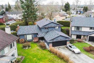 Photo 1: 8967 144B Street in Surrey: Bear Creek Green Timbers House for sale : MLS®# R2487888