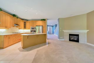"""Photo 4: 47 15715 34 Avenue in Surrey: Morgan Creek Townhouse for sale in """"WEDGEWOOD"""" (South Surrey White Rock)  : MLS®# R2489368"""