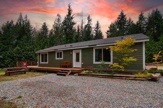 Photo 31: 1751 BLOWER Road in Sechelt: Sechelt District Manufactured Home for sale (Sunshine Coast)  : MLS®# R2512519