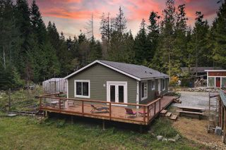 Photo 1: 1751 BLOWER Road in Sechelt: Sechelt District Manufactured Home for sale (Sunshine Coast)  : MLS®# R2512519