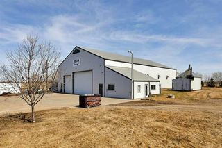 Photo 1: 54511 RGE RD 260: Rural Sturgeon County Business with Property for sale : MLS®# E4222205