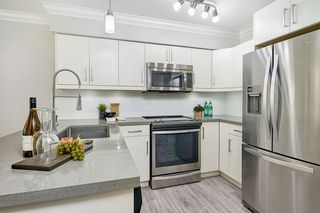 """Photo 8: 102 2268 SHAUGHNESSY Street in Port Coquitlam: Central Pt Coquitlam Condo for sale in """"Uptown Pointe"""" : MLS®# R2521542"""