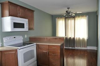 Photo 4: 1038 DOMINION ST: Residential for sale (Canada)  : MLS®# 1018118