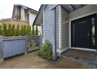 Photo 3: 20 630 Brookside Rd in VICTORIA: Co Latoria Row/Townhouse for sale (Colwood)  : MLS®# 614727