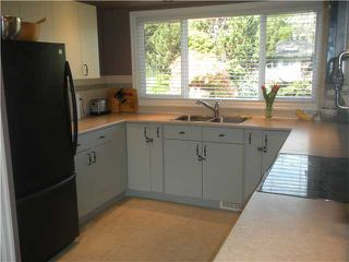 Photo 4: 1298 SILVERWOOD CR in North Vancouver: Norgate House for sale : MLS®# V1002739