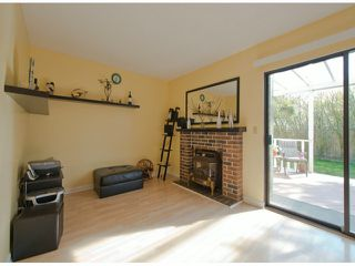 "Photo 5: 6936 134 ST in Surrey: West Newton House 1/2 Duplex for sale in ""Bentley"" : MLS®# F1309630"