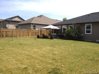 Photo 3: 2546 HEBRIDES Crescent in COURTENAY: Z2 Courtenay East House for sale (Zone 2 - Comox Valley)  : MLS®# 639044
