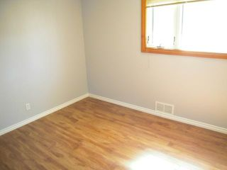 Photo 11: 39 Baffin Crescent in WINNIPEG: St James Residential for sale (West Winnipeg)  : MLS®# 1315258