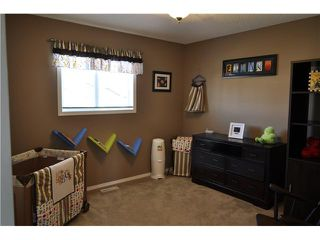 Photo 11: 586 FAIRWAYS Crescent NW: Airdrie Residential Detached Single Family for sale : MLS®# C3581908