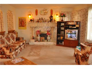 Photo 2: 38 E 19TH AV in Vancouver: Main House for sale (Vancouver East)  : MLS®# V1043322