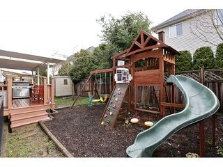 Photo 2: 6254 167B ST in Surrey: Cloverdale BC House for sale (Cloverdale)  : MLS®# F1406040