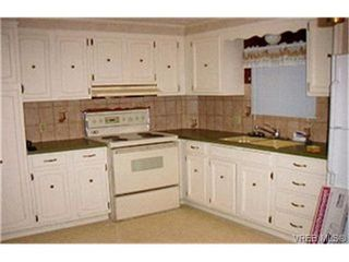 Photo 3:  in VICTORIA: La Mill Hill Manufactured Home for sale (Langford)  : MLS®# 372441